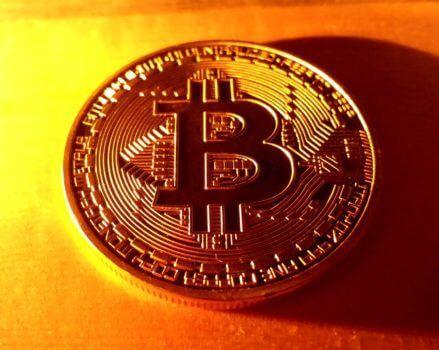 bitcoin democrația