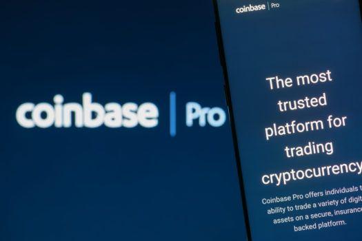 imagem com logomarca da coinbase