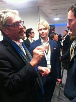john-mcafee-falando-sobre-bitcoin