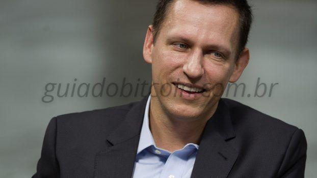 Peter Thiel sorrindo