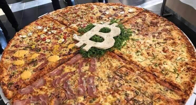 pizza bitcoin